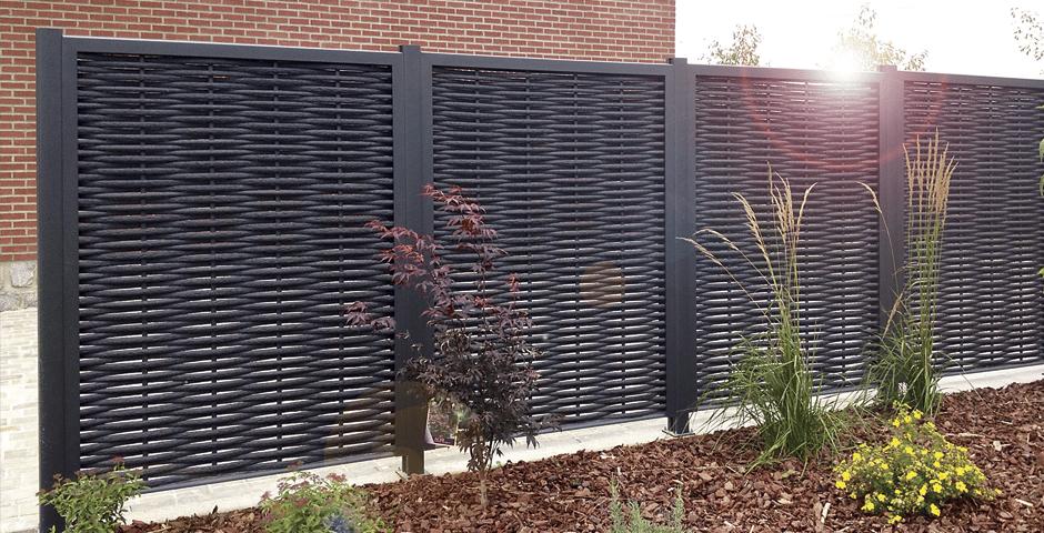 Rendre son jardin agréable grâce à des brise-vues opaques ...